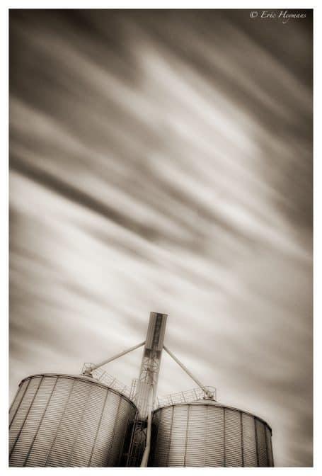 Pose Longue : 14mm - f/8 - Iso200 - 82s : Plaine de Chassart / © Eric Heymans