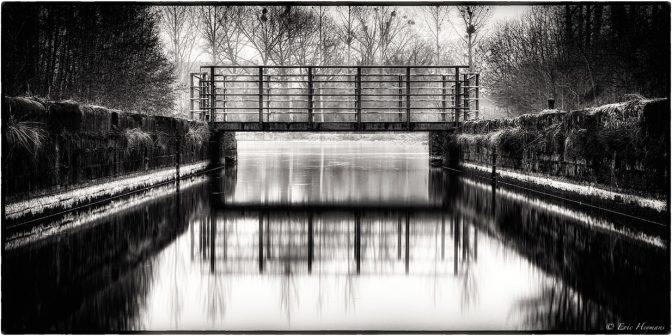 Pose longue : 50mm - f9 - Iso200 - 80s - Filtre ND (Filtre Gris Neutre) ND110 (ND1000) : Pont sur La Samme / © Eric Heymans