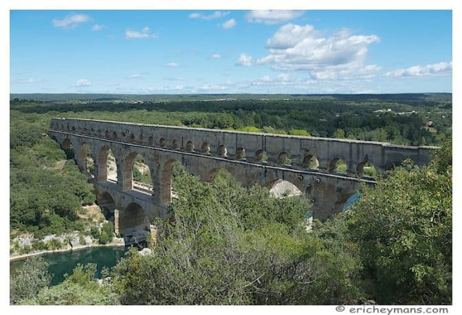 Provence - Pont du Gard - Vue en-plongée