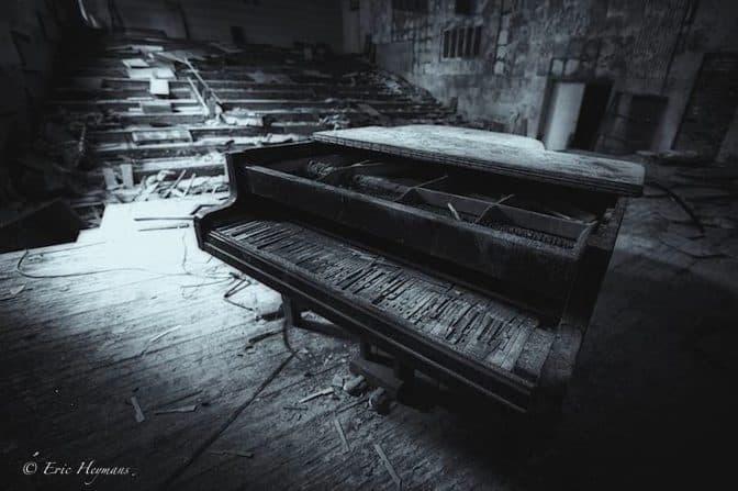 Se démarquer en photographie - Piano désaffecté - Tchernobyl 2011 - © Eric Heymans